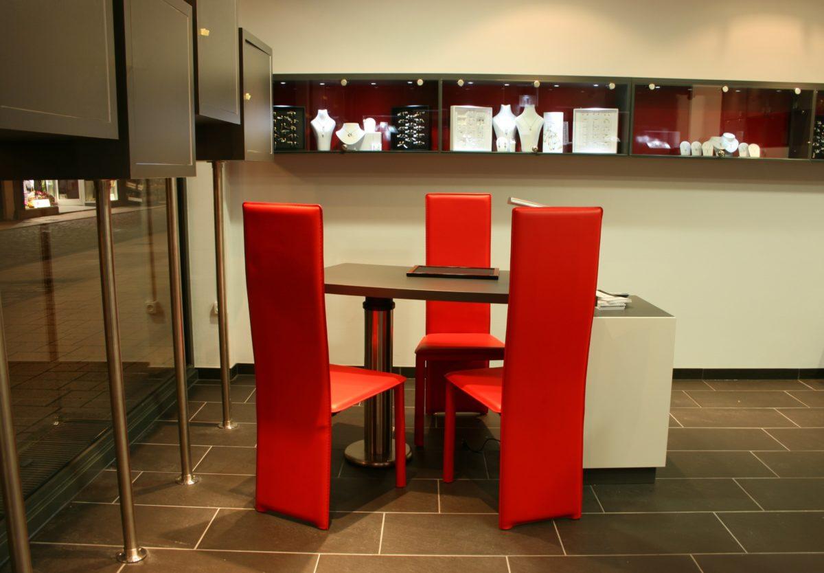 great agencement bijouterie strasbourg agencement bijouterie alsace agencement bijouterie alsace. Black Bedroom Furniture Sets. Home Design Ideas
