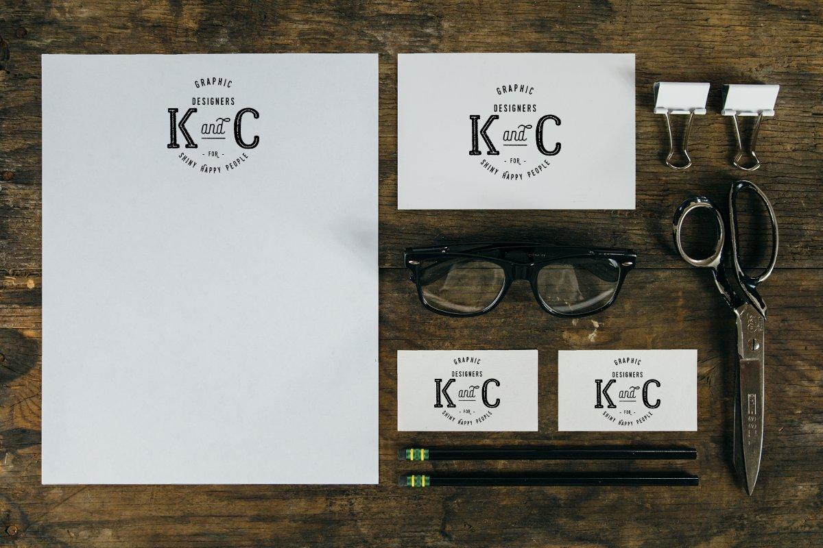 Création d'un logo vintage pour un studio graphique