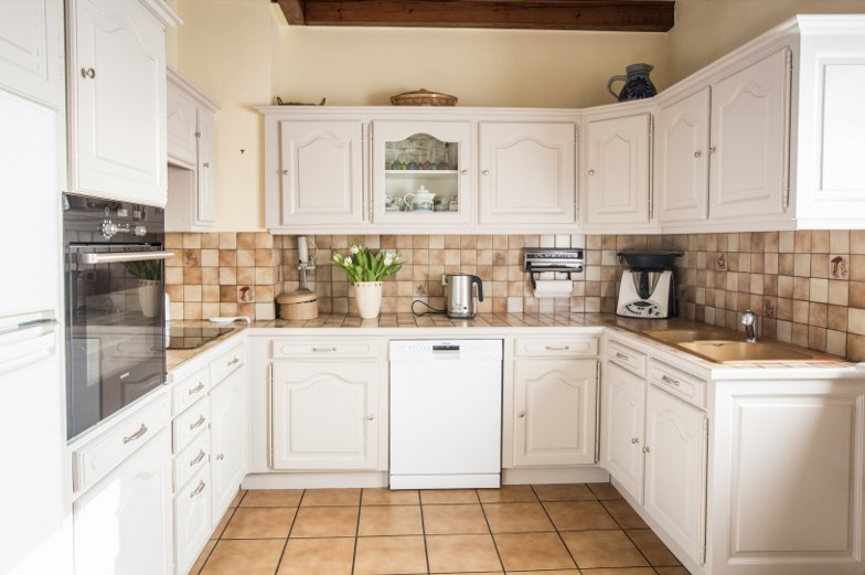 D coration de charme dans une maison d 39 obernai a3 design for Modele cuisine couleur beige